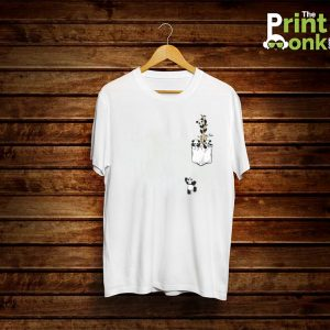 Panda Climbing Pocket Design T-Shirt